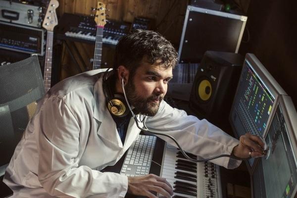 Profesor de música electrónica | Rock Experience escuela musical Murcia y Alicante